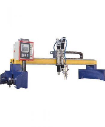 CNC plazmový rezací stroj s portálovým pohonom